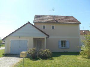 Maison individuelle T5 – BARBEREY ST SULPICE – jardin + garage