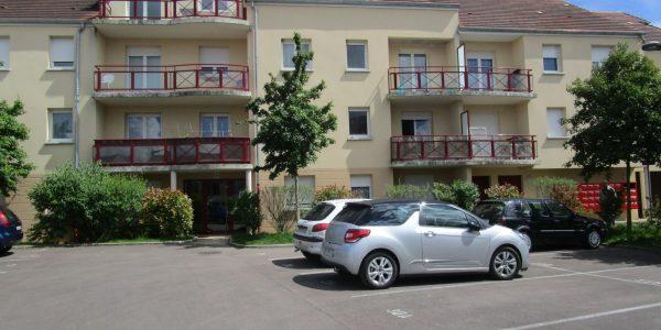 Appartement T2 avec meubles – Balcon – ROMILLY SUR SEINE