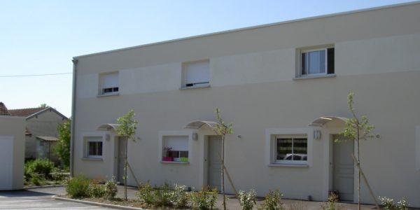 Maison de Ville T3 Terrasse + jardin – Rue Clerc de Troyes TROYES