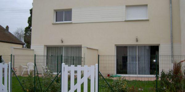 Maison de ville T3 DUPLEX – Terrasse + 2 places Pkg – NESMY – TROYES